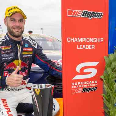 Shane van Gisbergen takes clean sweep at Sandown Supersprint