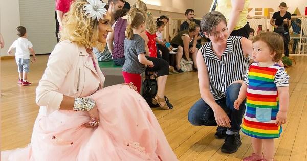 Child meets a Drag Queen