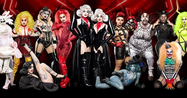 The Boulet Brothers with the new cast of Dragula season 3.