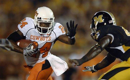Talented Oklahoma State Running Back To Visit The Eagles (Video)