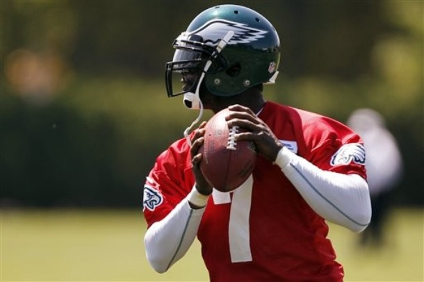 Ron Jaworski Rates Vick 12th In The NFL, But Sees Big Year Ahead