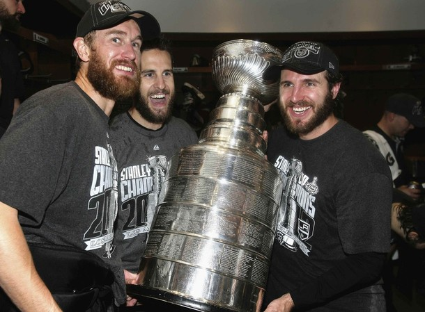 Former Flyers Lift The Cup