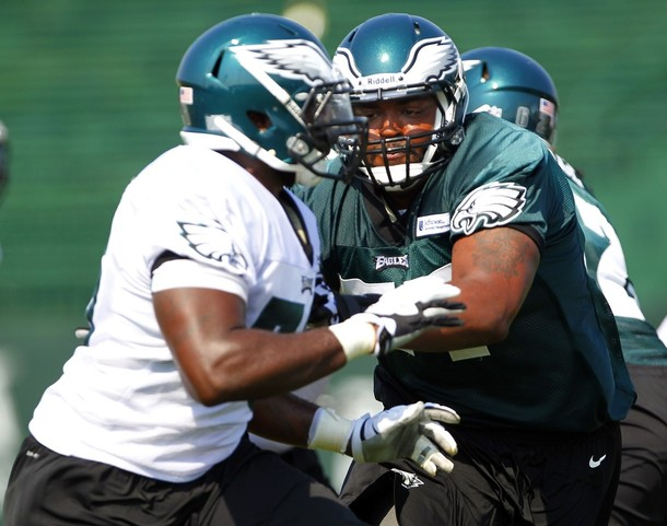 Brandon Graham and Demetress Bell Stand Out In One-On-One Drills