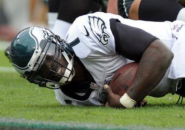 Eagles Deny Report Of Concussion Problems Between Vick And Team