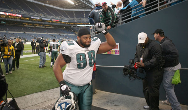 Former Eagle Mike Patterson Will Visit Giants