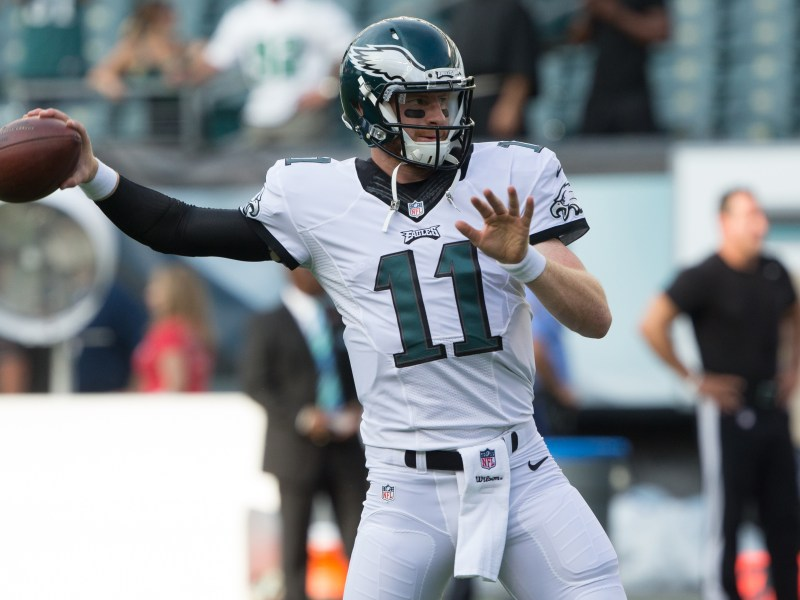Eagles Looking To Protect Carson Wentz Early
