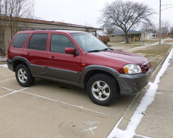 2005_mazda_tribute-pic-2086330616255319828-640x480