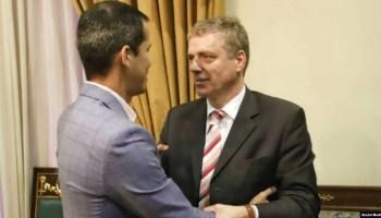 Juan Guiadó recibió en la sede de la Asamblea Nacional de Venezuela al embajador Daniel Kriener de Alemania. Tomado del twitter de @jguaido