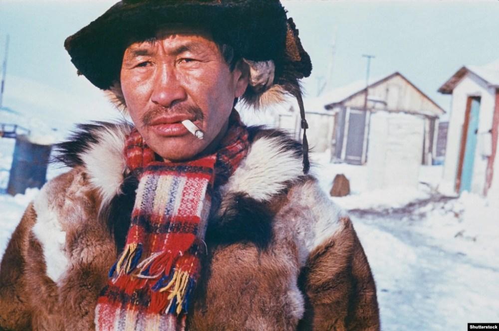 Фото зроблене на Чукотському півострові часів СРСР 1985 року. Портрет корінного жителя Чукотки