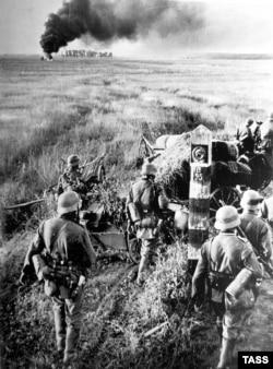 Немецкие войска переходят границу СССР. 22 июня 1941 года