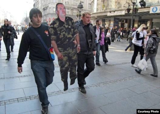 Organizacija Naši 1389 obeležila je rođendan haškog optuženika za genocid i ratne zločine u Beogradu, mart 2011