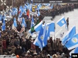 Архівне фото: демонстрація «офіційних»  профспілок (ФПУ), лютий 2008 року