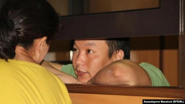 Муратбек Тунгишбаев в суде, где решается вопрос о мере пресечения. Алматы, 24 августа 2018 года.