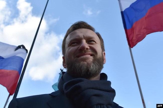 Алексей Навальный на марше памяти Бориса Немцова, 2016 год