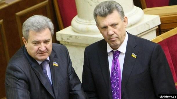 Народні депутати Сергій Гриневецький (ліворуч) і Сергій Ківалов на засіданні Верховної Ради України (архівне фото)