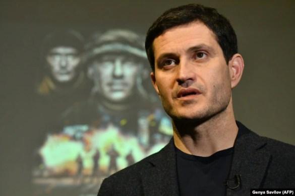 Український кінорежисер Ахтем Сеітаблаєв під час презентації фільму «Кіборги»