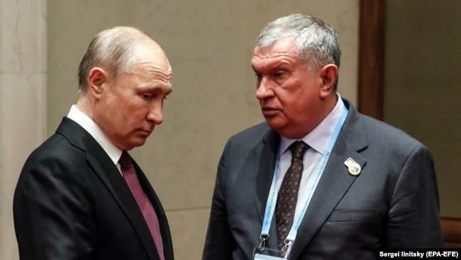 Президент России Владимир Путин и глава «Роснефти» Игорь Сечин, 2019 год