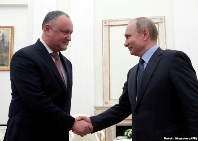 Зліва направо: президент Росії Володимир Путін і президент Молдови Ігор Додон. Москва, 30 січня 2019 року