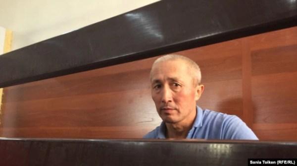 Абловас Джумаев в суде во время разбирательства по его делу. Актау, 31 июля 2018 года.