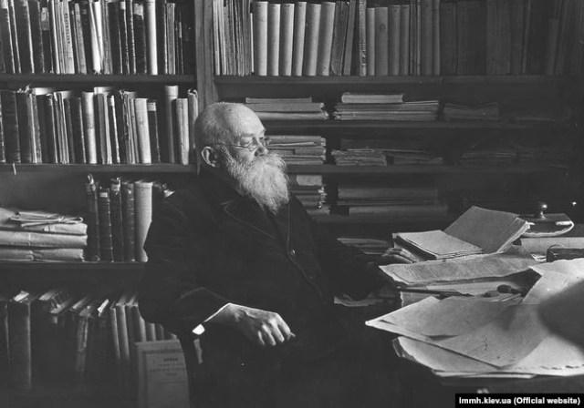 Голова Української Центральної Ради, історик Михайло Грушевський