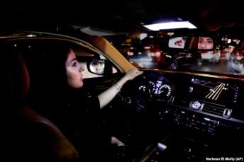 زنان عربستانی در سایه اصلاحات اخیر از جمله حق رانندگی را به دست آوردند