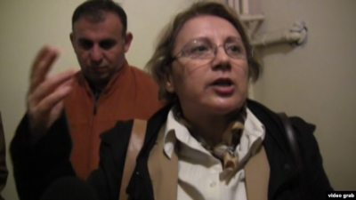 Veteran rights campaigner Leyla Yunus was detained along with her husband last month while preparing to board a flight to Qatar.