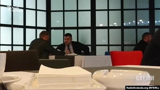 Тепер розмову з Олександром Грановським веде Сергій Тищенко
