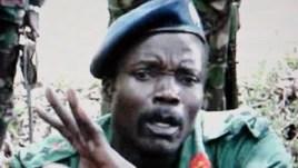 Lãnh chúa Joseph Kony bị Tòa Hình sự Quốc tế truy nã về các tội ác chiến tranh và tội ác chống nhân loại.