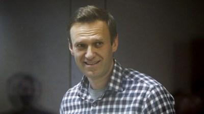 Kelompok-kelompok Terkait Navalny Bertekad Melawan Meski Ada Larangan