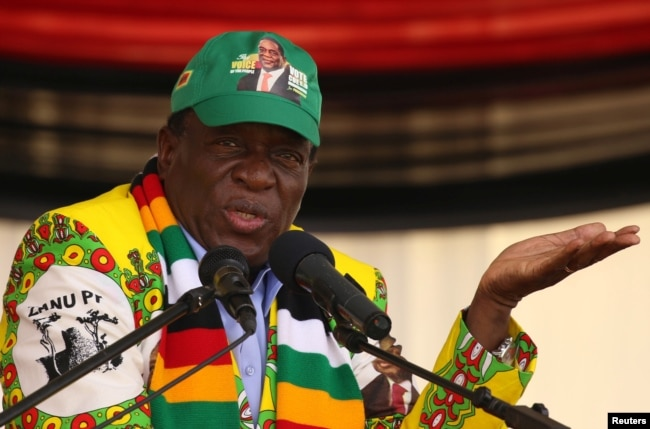 President Emmerson Mnangagwa addresses an election rally of his ruling ZANU-PF party in Mutare, Zimbabwe, May 19, 2018.