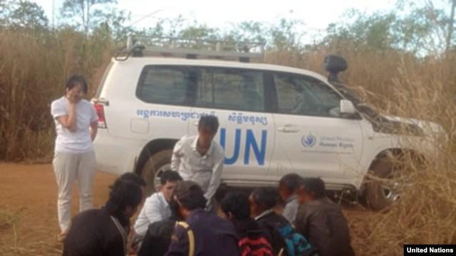 Làn sóng người Thượng Tây Nguyên từ Việt Nam bỏ xứ, băng rừng sang Campuchia xin tị nạn ngày càng tăng. Lo sợ bị bắt trục xuất về nước, họ thường lẩn trốn vào các khu rừng rậm của tỉnh Ratanakkiri chờ được Liên Hiệp Quốc can thiệp.