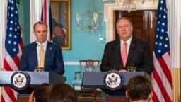 El secretario de Estado, Mike Pompeo, participa en conferencia de prensa con Dominic Raab, secretario de Exteriores de Gran Bretaña. 7 Agosto 2019.