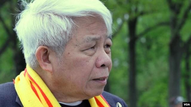 Giáo sư Nguyễn Ngọc Bích đột ngột qua đời lúc 12 giờ sáng ngày 3/3 (giờ miền đông Hoa Kỳ) khi đang trên chuyến bay tới thủ đô Philippines tham dự một hội nghị cổ xúy cho chủ quyền Việt Nam ở Biển Đông.