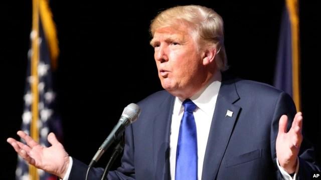 Ứng cử viên tổng thống Đảng Cộng hòa Donald Trump phát biểu tại học viện Pinkerton, Derry, bang New Hampshire ngày 19/8/2015.