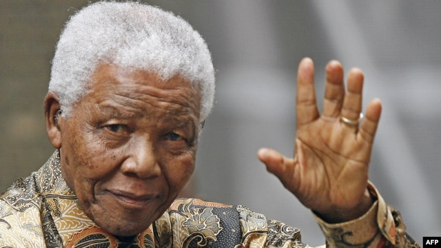 Nelson Mandela được xem như một biểu tượng của trí tuệ, của tinh thần dân chủ, lòng nhân đạo và của sự khoan dung không chỉ ở nước ông hay ở châu Phi mà ở khắp thế giới.