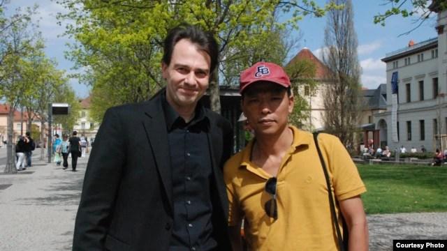 Blogger Người Buôn Gió và Thị trưởng thành phố Weimar