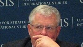 Giáo sư Carl Thayer, chuyên gia về các vấn đề Việt Nam.