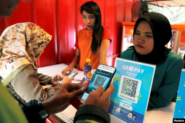 Anak perempuan Indonesia rentan menjadi korban kekerasan berbasis gender online (KBGO) di media sosial (foto: ilustrasi).