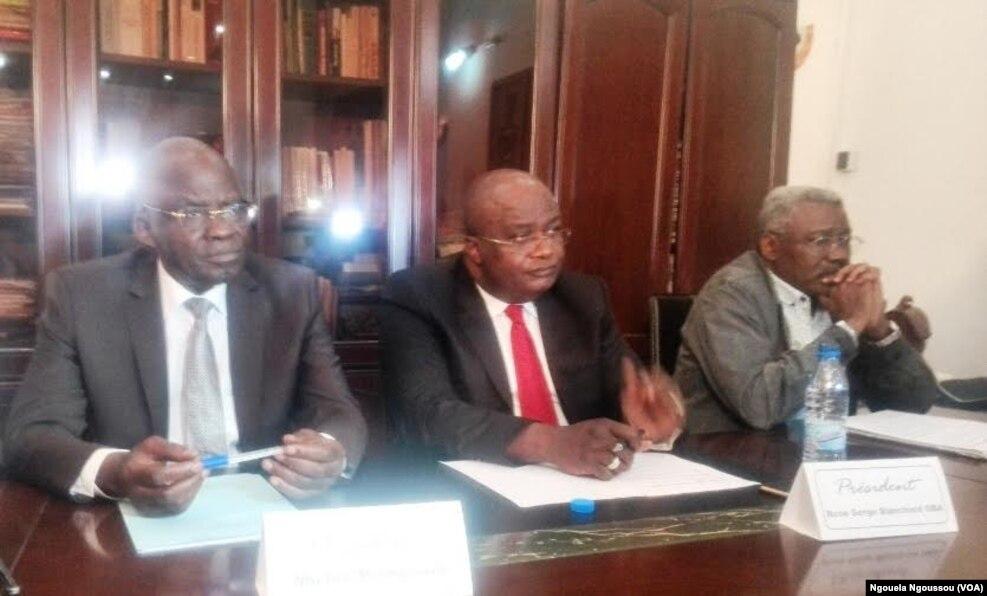 Des leaders de IDC réunis à Brazzaville, 20 septembre 2016. VOA/Ngouela Ngoussou
