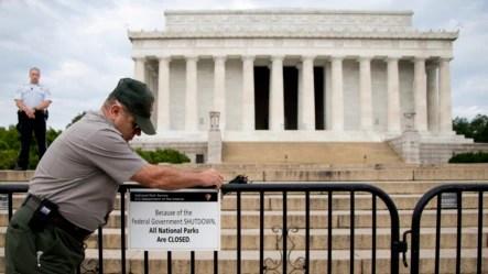 Ðài Tưởng niệm Lincoln ở Washington đóng cửa, ngày 1/10/2013.