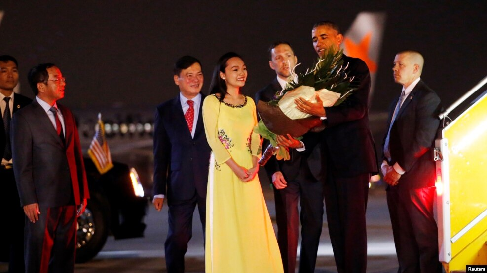 Tổng thống Obama đến Hà Nội