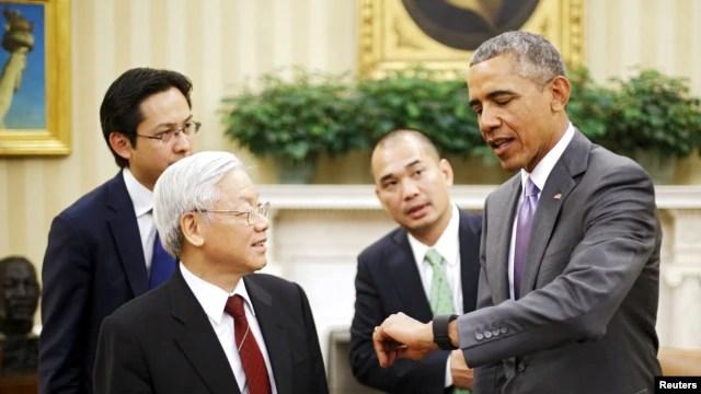 Tổng thống Mỹ Barack Obama trong cuộc gặp lịch sử với Tổng bí thư Nguyễn Phú Trọng tại Phòng Bầu dục tháng Bảy năm ngoái.