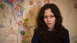 Cô Lyudmila Savchuk trả lời phỏng vấn trong căn hộ của cô ở St. Petersburg, Nga, 15/4/2015.