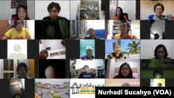 """Diskusi daring """"Mencari Makna Minoritas di Tengah Mayoritas"""" oleh Majelis Rohani Nasional Baha'i Indonesia. (Foto: VOA/Nurhadi Sucahyo)"""