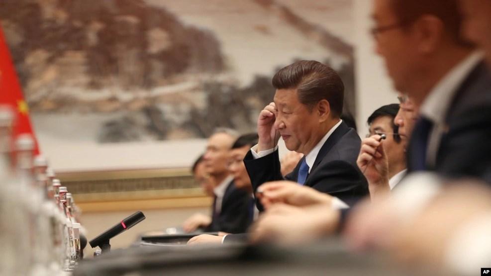 Chủ tịch Trung Quốc Tập Cận Bình họp với Tổng thống Mỹ Barack Obama tại Nhà khách Chính phủ Tây Hồ ở Hàng Châu, Trung Quốc, bên lề hội nghị thượng đỉnh G-20, ngày 3 tháng 9 năm 2016.
