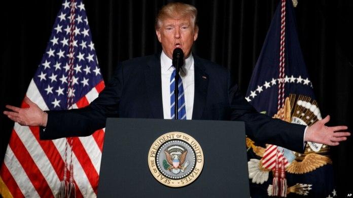 El presidente habla ante un grupo de oficiales de policía y alguaciles de las principales ciudades de Estados Unidos, el miércoles en Washington.