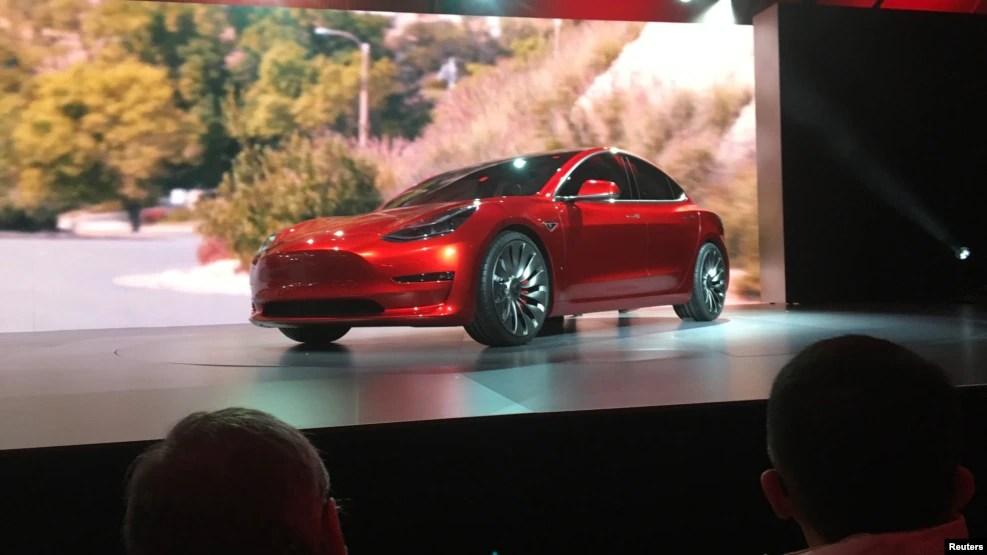 Một chiếc xe Tesla Model 3.