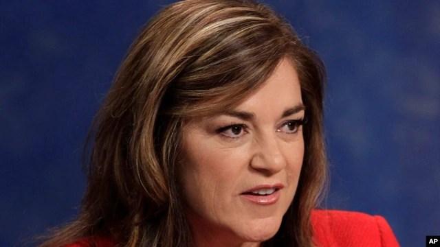 Dân biểu Loretta Sanchez khẳng định Quốc hội Hoa Kỳ không muốn mở rộng giao thương với Hà Nội cho đến khi nào nhà nước Việt Nam chứng tỏ thiện chí tôn trọng nhân quyền bằng các hành động cụ thể.