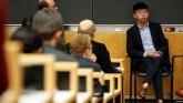 Nhà hoạt động ủng hộ dân chủ Hong Kong Joshua Wong dự một buổi hội luận tại Trường Luật Đại học Columbia ở New York City, ngày 13 tháng 9, 2019.