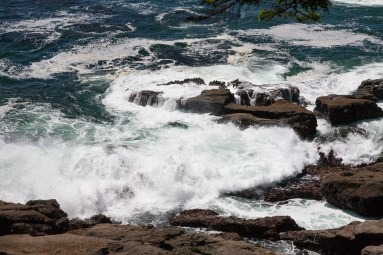 Michigan Creek to Tsusiat Falls